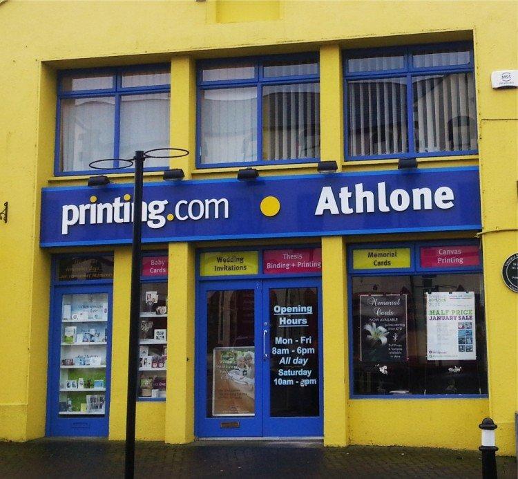 Raised shopfront letters