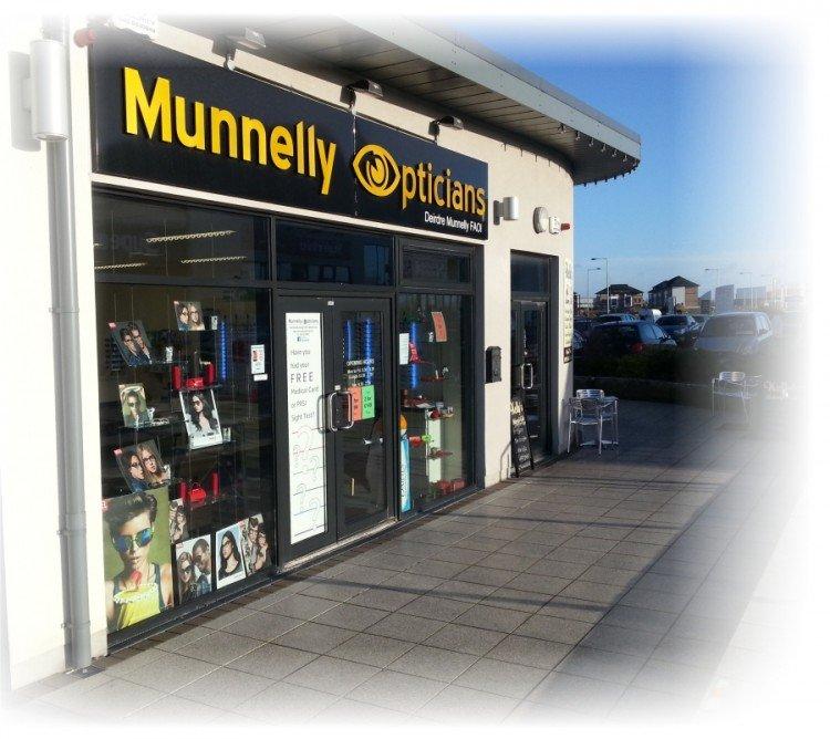 Munnelly Opticians, Athlone